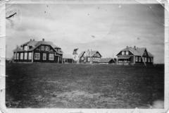 1853_manssilan_kasarmeja_kesalla-suuri
