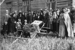 2434_koslosen_suvun_hautajaiset-suuri