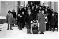 3826_hautajaiset_manssilassa_-_kenen-suuri