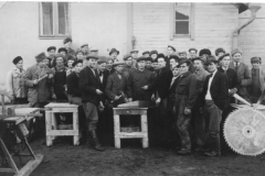 4693_sirkkeliteranhuoltokurssilla_1948_kuopiossa-suuri