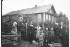 1293_andrei_mikkosen_perhe_virtelassa-suuri